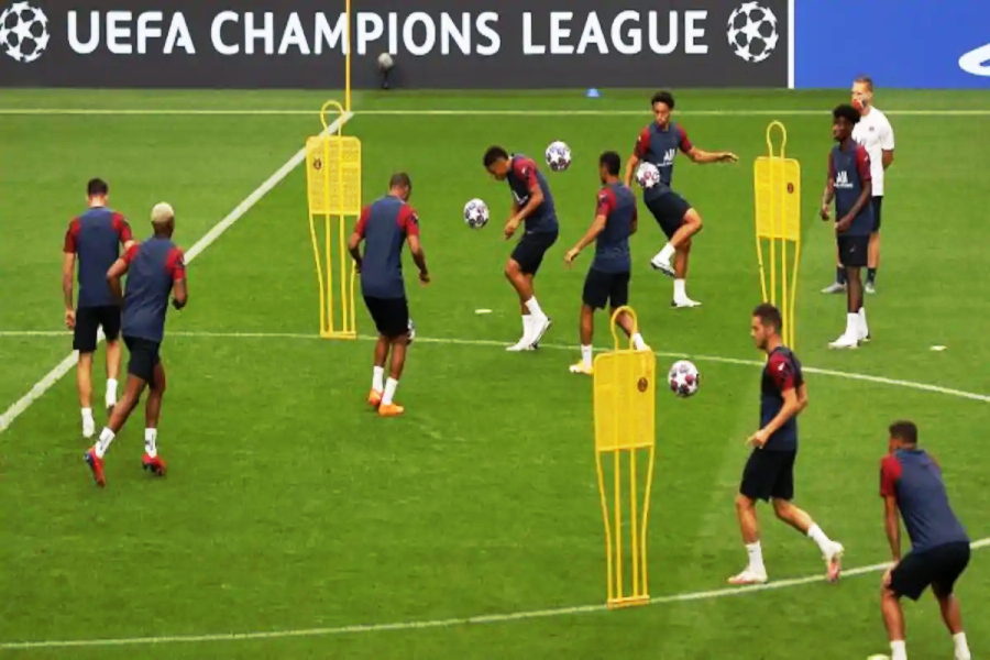 Condensed Champions League to start below shadow of COVID-19